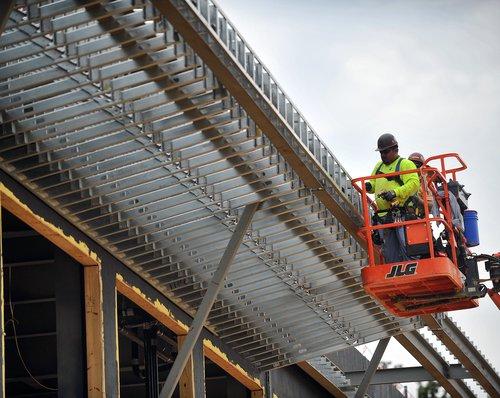 09052017 construction 2.jpg