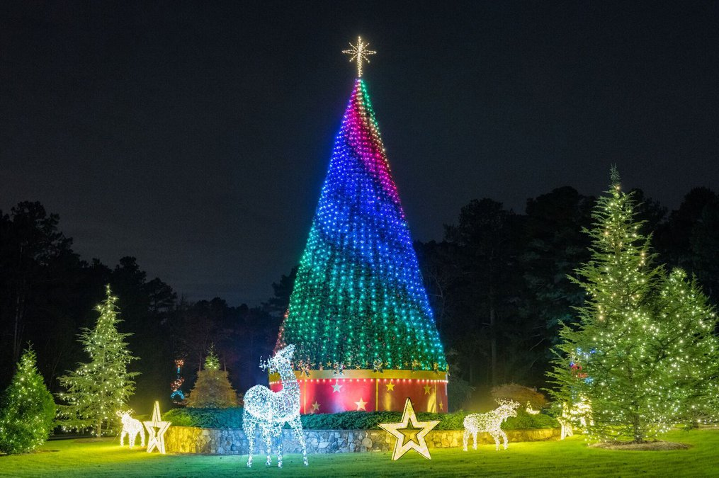 Christmas Lights At Lake Lanier