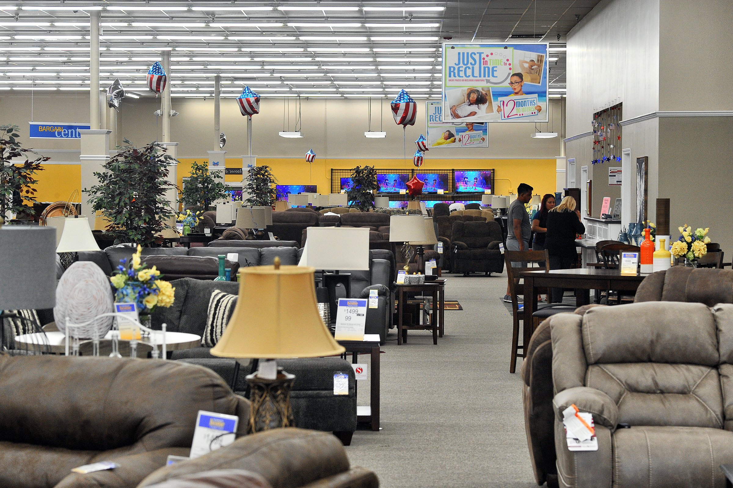 Farmers Home Furniture Makes Move Of Its Own Gainesville Times