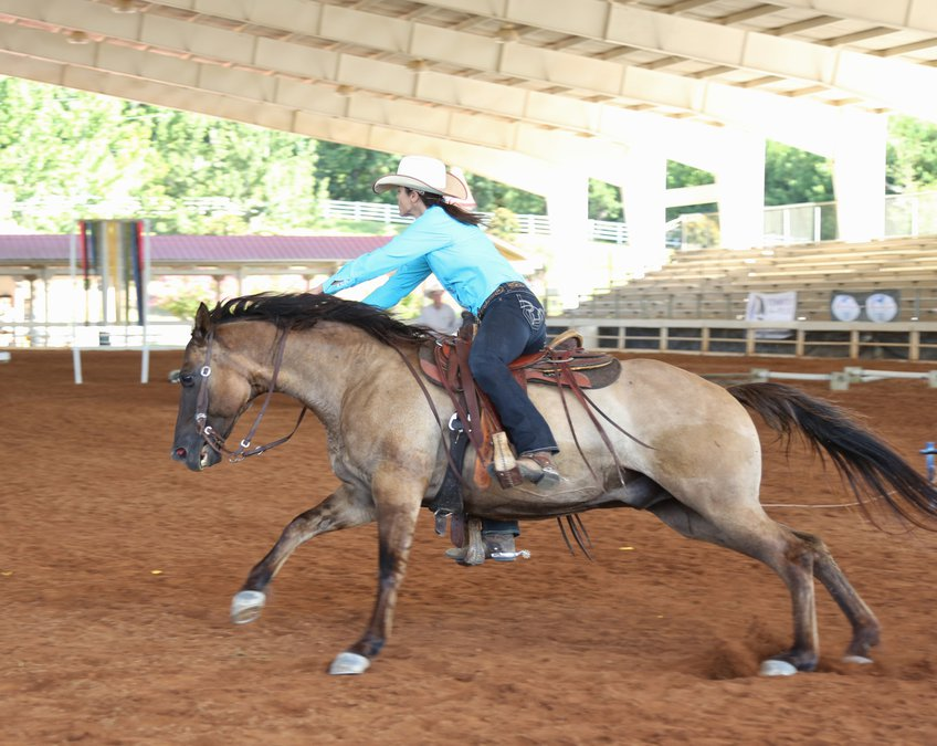 Watch Extreme Cowboys Ride Hard And Fast At Chicopee Ag