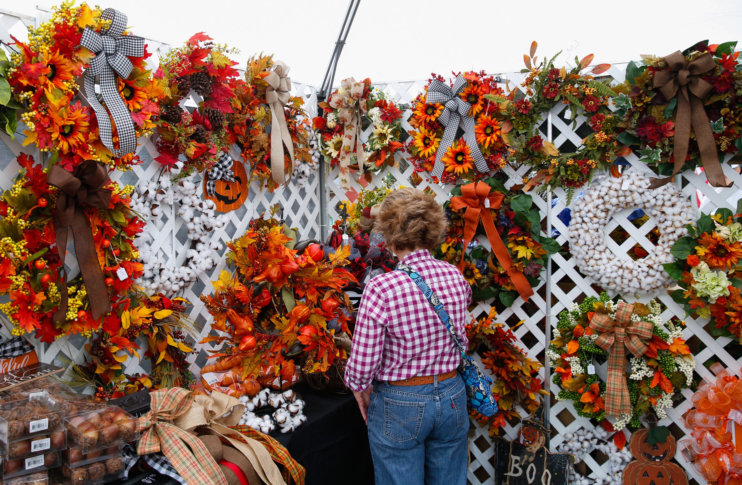Fall booth