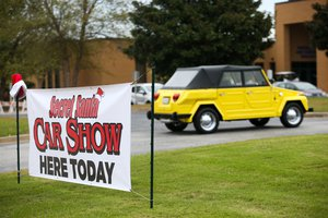 Secret Santa Car Show